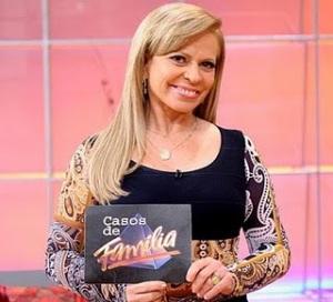 http://noticiasdatvbrasil.files.wordpress.com/2011/07/cassosdefamilhacomcristinarocha-sbt.jpg?w=300