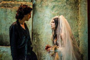 Gabriel (Johnny Massaro) e  Malvina